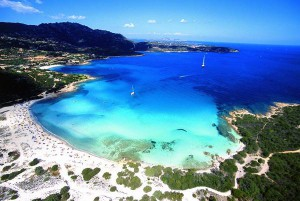 Берег Сардинии Коста Смеральда