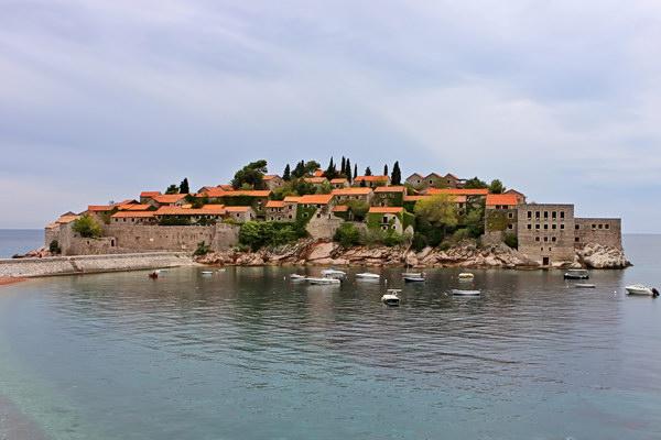 Где находится черногория и какое там море